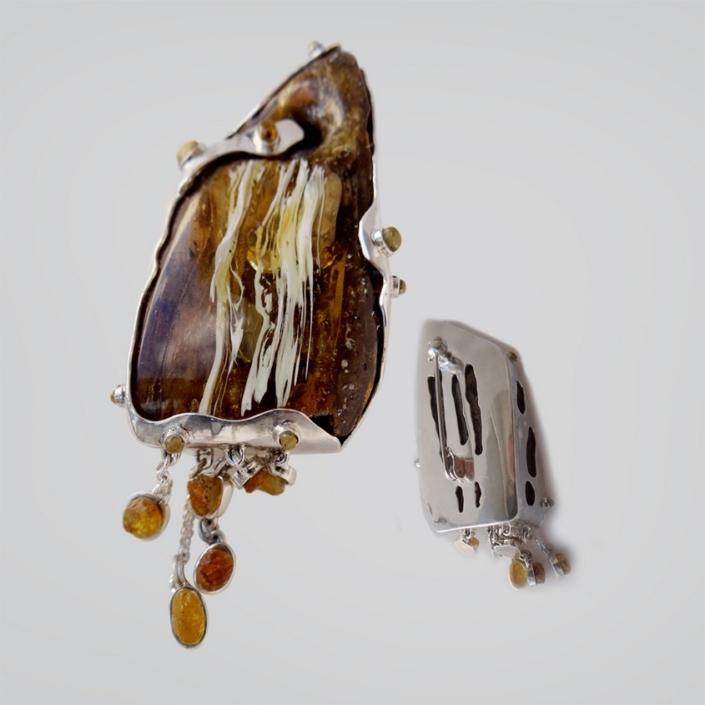 jewellery amber brooche